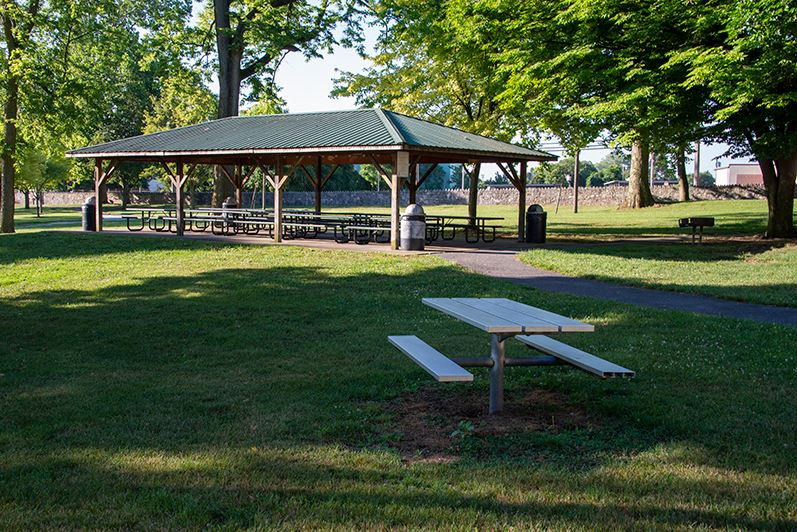 Hager Park Pavilion and Picnic Table
